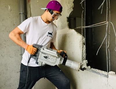 Демонтаж стен и перегородок в квартире в Севастополе - Компания «Кот-Чистюля»